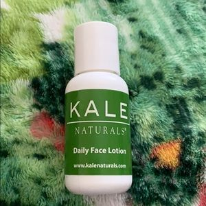 kale naturals daily face lotion travel size
